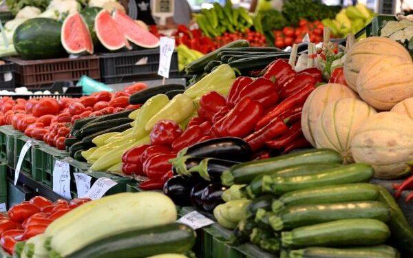 Como escolher os hortifrútis nas gôndolas dos mercados