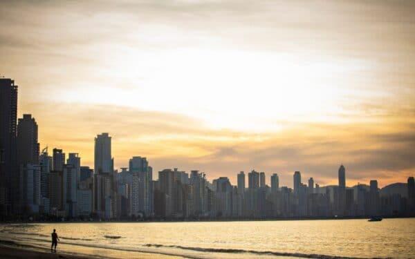 Investimento de Imóveis em Balneário Camboriú