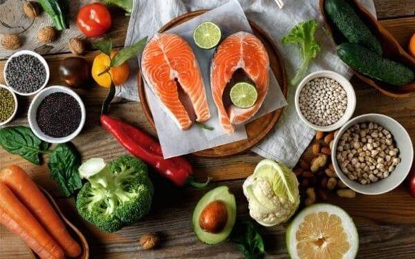 Alimentos e suplementos saudáveis e fáceis de preparar